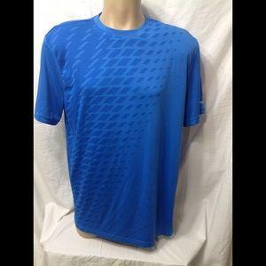 Men's size 42-44 RUSSELL 360 Ventilation shirt